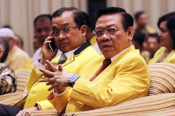 Agung Laksono bersama Priyo Budi Santoso