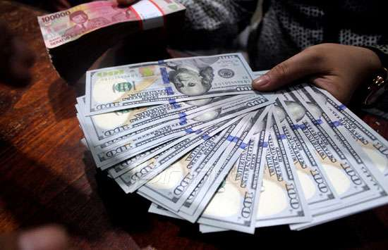061303_503911_rupiah_v_dollar_dl
