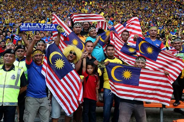 Suporter Malaysia diminta pelatih tim ikut merusak konsentrasi Thailand di leg II final Piala AF, Sabtu (20/12) sore. Foto: aff