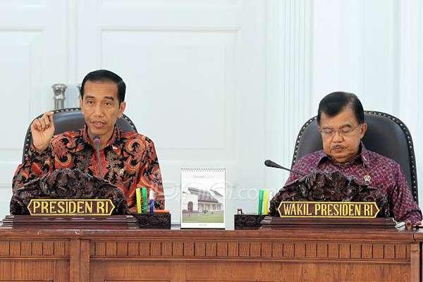 Presiden Jokowi bersama  JK