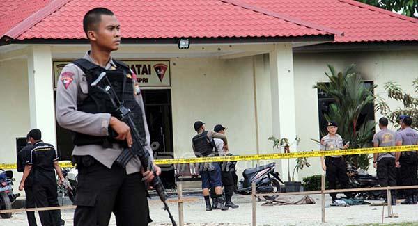 TKP bentrokan TNI Polri di Batam.
