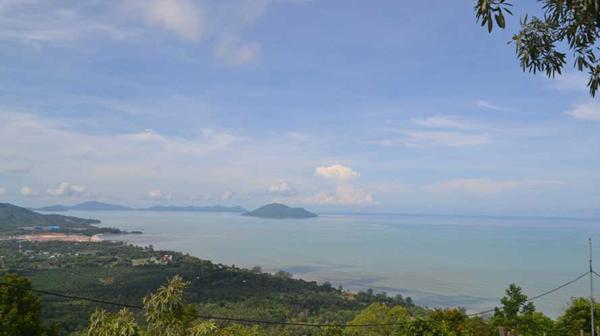 Keindahan dari Puncak Rindu Alam, Singkawang, Kalbar. Foto JPNN.com