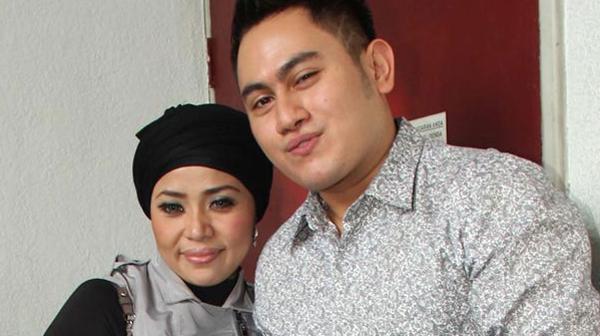 Nassar dan Muzdhalifah Menuju Pintu Cerai. Foto Fajar.co.id