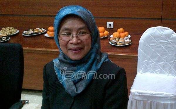 Direktur Utama Perum Bulog yang baru, Lenny Sugihat saat ditemui di Kementerian BUMN, Jakarta, Rabu (31/12). Foto: Yessy Artada/JPNN.com