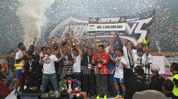 Persib Bandung juara ISL 2014. foto: dok.jpnn