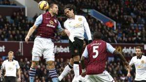 Sundulan Falcao menyelamatkan MU dari kekalahan saat bertandang ke Villa Park, Sabtu (20/12).