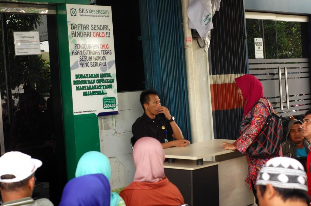 Suasana pelayanan di kantor BPJS Bekasi. Foto: Gobekasi.com