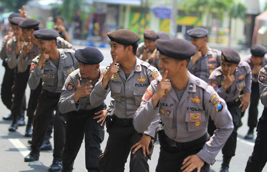 Polisi foto-gangnam-style