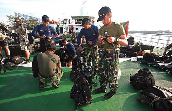 Persiapan-penyelam-AirAsia