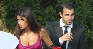 Cesc Fabregas dan kekasihnya, Daniela Semaan. Foto:dok.jpnn