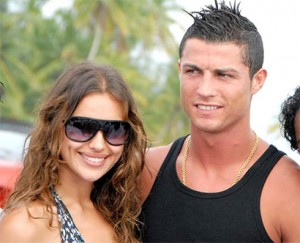 Cristiano Ronaldo bersama Irina Shayk saat liburan bersama beberapa waktu lalu