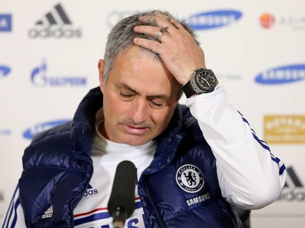 berita bola terkini, premier league, chelsea, chelsea pecat mourinho, mourinho dipecat