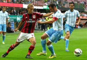 Lazio dan Milan akan bentrok di Olimpico, Minggu (25/1) dinihari nanti.