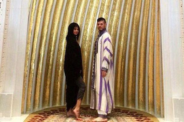 Selena Gomez dan Harith Bukhash. Foto: berbagai sumber