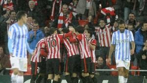 Para pemain Bilbao merayakan gol Aduriz, kala menjamu Malaga, Jumat (30/1) pagi WIB.