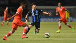 Laga persahabatan Persija lawan Gamba Osaka di SUGBK, Sabtu (24/1) malam. Gamba menang 4-0.
