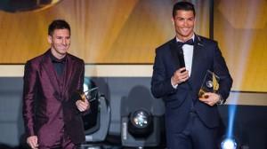 Lionel Messi dan Cristiano Ronalda pada malam penghargaan Ballon d'Or 2014 di Zurich, Swis, Selasa (13/1) dinihari WIB. foto:fifa.com