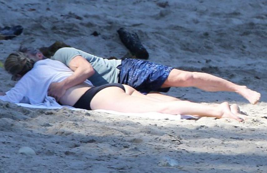 Charlize Theron dan Sean Penn
