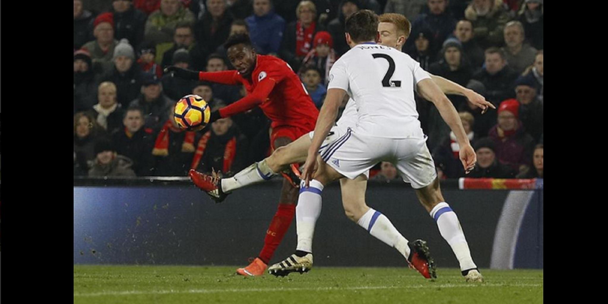 liverpool vs sunderland, philippe coutinho, divoc origi, liverpool, hasil pertandingan, coutinho cedera