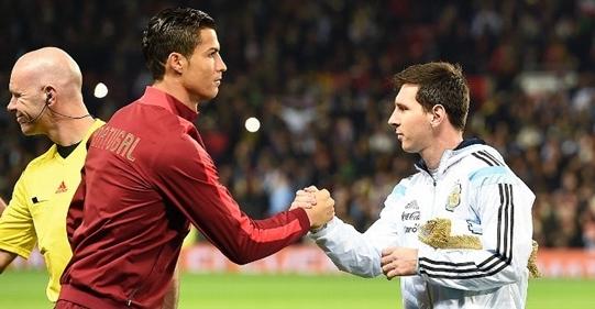 Cristiano Ronaldo dan Lionel Messi (panditfootball.com)