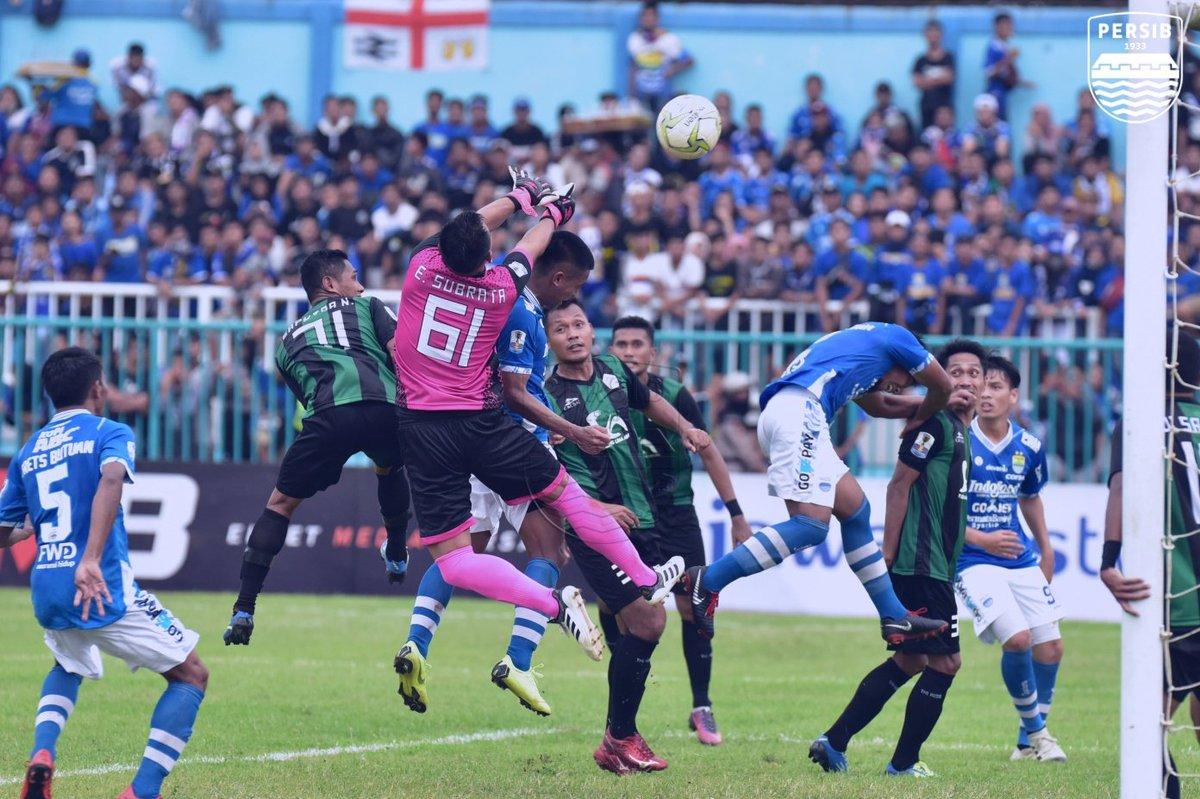 Persiwa Wamena mampu menahan gempuran serangan Persib Bandung sepanjang 90 menit untuk menyudahi laga 0-0 di babak 32 besar Liga Indonesia 2018 (persib/twitter)