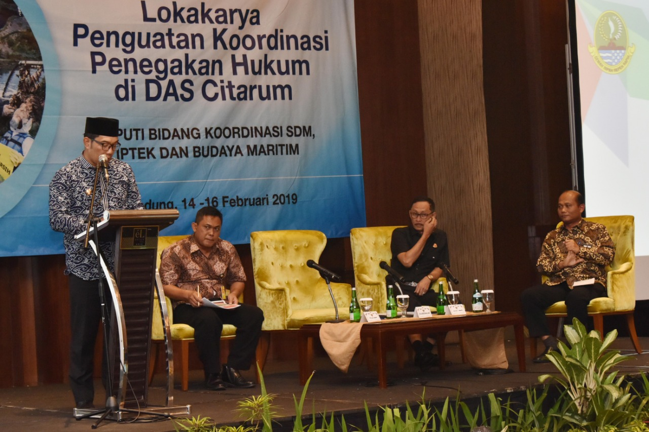 Gubernur Jabar Ridwan Kamil dalam acara Lokakarya Penguatan Koordinasi Penegakan Hukum di DAS Citarum yang dihelat di El Royale Hotel, Jumat (15/2/19).