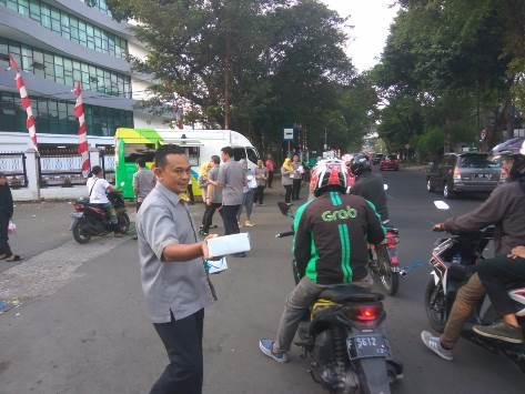 Kejar Berkah Ramadhan, BPJS Ketenagakerjaan Bogor Kota Berbagi Takjil.