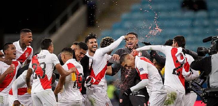 Timnas Peru lolos ke final usai mengalahkan Chile di Arena do Grêmio (Porto Alegre), Kamis (4/7/2019) pagi WIB. ft/apfhoto, brasil vs peru