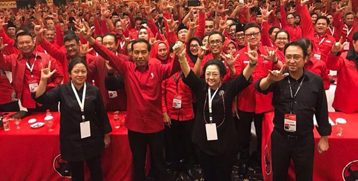Jokowi bersama Megawati beserta Puan Maharani dan Prananda Prabowo. Net