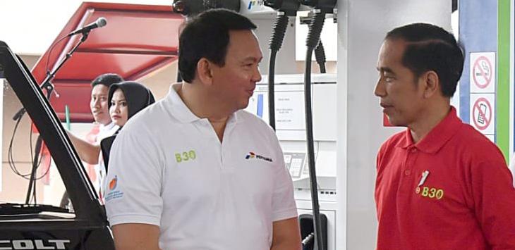 Ahok berbincang dengan Presiden Jokowi di peresmian B30