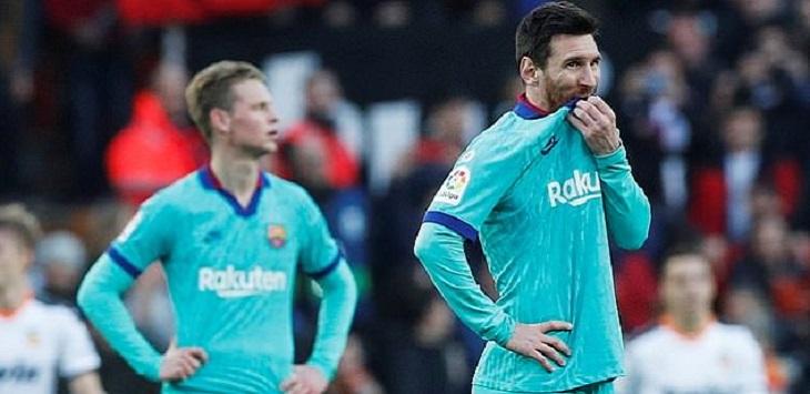 Ekspresi Kapten Barcelona, Lionel Messi usai dikalahkan Valencia 0-2 di Mestalla, Sabtu (25/1/2020) malam WIB.