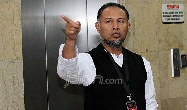 Wakil Ketua KPK Bambang Widjojanto. Foto: dok.JPNN/Pojoksatu