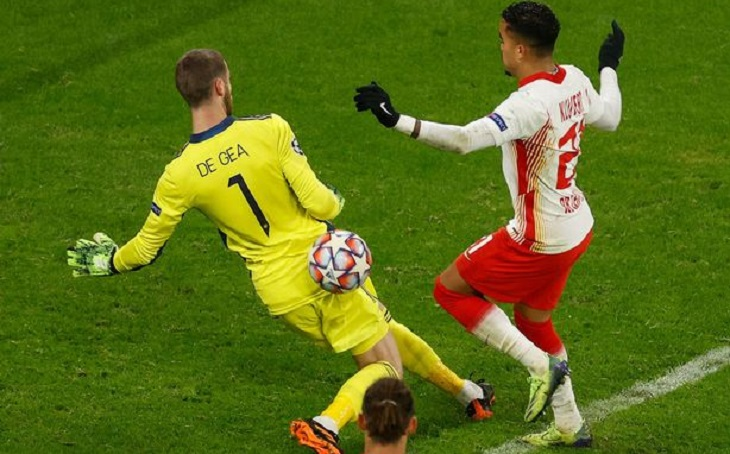Blunder David de Gea ketika Manchester United takluk 2-3 di kandang RB Leipzig, Red Bull Arena, Rabu (9/12/2020) dini hari WIB.