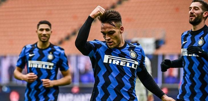 Lautaro Martinez mencetak hattrick kala Inter Milan menaklukkan Crotone 6-2 di Giuseppe Meazza, Minggu (3/1/2021) malam WIB.