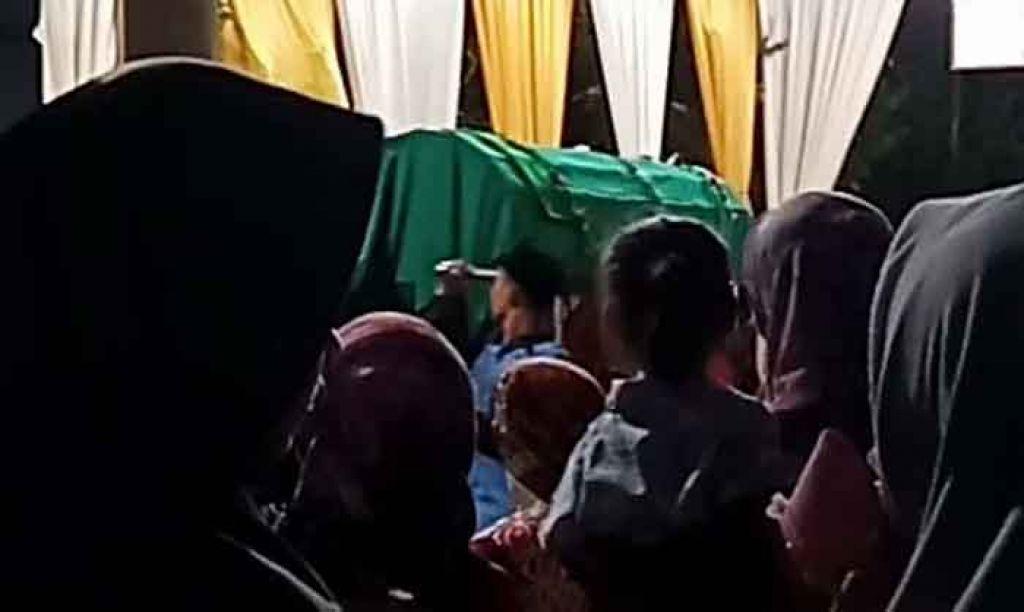 Screenshoot video pengantin wanita yang dimakamkan sesaat sebelum akad nikah (ist)