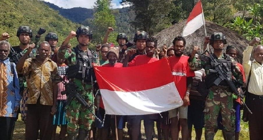 Anggota KKB anak buah Puron Wenda menyatakan kembali ke NKRI di Lanny Jaya pada Senin (31/8). Foto Antara
