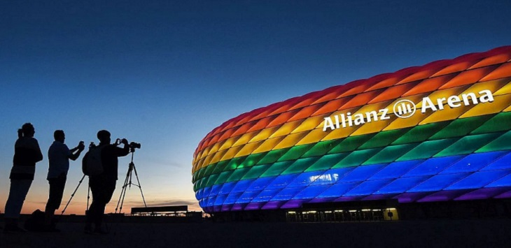 Markas Bayern Munich, Stadion Allianz Arena. ft/football-italia