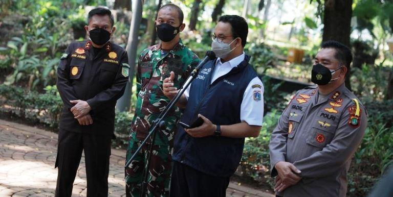 Gubernur DKI Jakarta Anies Baswedan usai menggelar rapat evaluasi PPKM Darurat