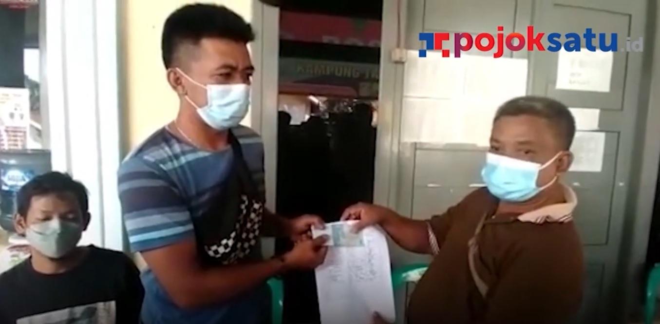 Pengurus RT/RW di Beji, Depok, kembalikan potongan BST setelah viral