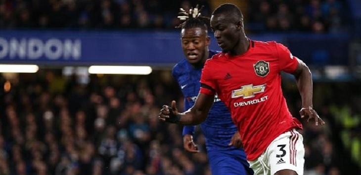 Bek Manchester United, Eric Bailly (kanan).