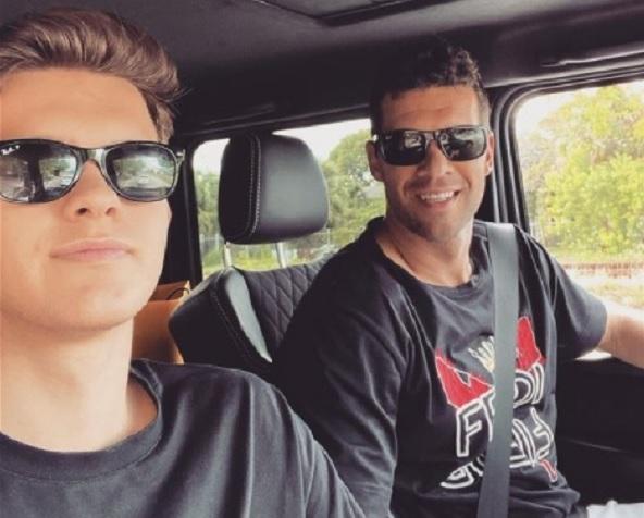 Foto semasa hidup Emilio Ballack bersama sang ayah. Ft/instagram