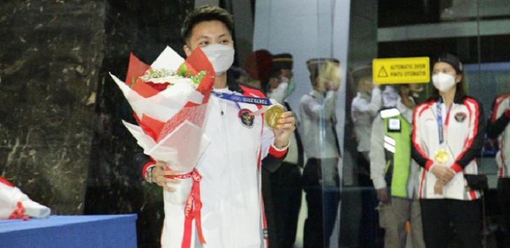 Apriyani Rahayu dan Greysia Polii, peraih medali emas Olimpaide Tokyo 2020 sudah tiba di Indonesia, Kamis (5/8/2021).