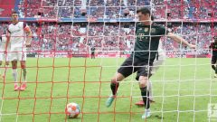 Bayern Munich pesta gol 7-0 atas Bochum di Allianz Arena, Sabtu (18/9/2021) malam WIB. Lewandowski catat rekor luar biasa. Ft/Twitter @Bundesliga_EN