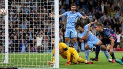 Nathan Ake mencetak gol pembuka kemenangan 6-3 Manchester City atas RB Leipzig di Etihad Stadium, Kamis (16/9/2021) dini hari WIB. Ft/Twitter @ChampionsLeague