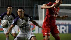 Pertandingan Persija vs Persita di Stadion Pakansari, Selasa (28/9) malam berakhir imbang 1-1. Ft/Twitter @Liga1Match