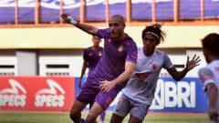 Pertandingan Persik Kediri vs PSM Makassar di Stadion Wibawa Mukti Bekasi, Kamis (23/9/2021) malam WIB. Ft/Twitter @Liga1Match
